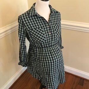 Liz Lange maternity button down plaid tunic